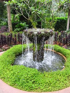Below are the Outdoor Water Fountains Ideas For Garden Landscaping. This article about Outdoor Water Fountains Ideas For Garden Landscaping was posted under the Outdoor category by our team at March 2019 at pm. Hope you enjoy it . Small Water Features, Outdoor Water Features, Water Features In The Garden, Diy Water Fountain, Waterfall Fountain, Garden Landscape Design, Garden Landscaping, Landscaping With Fountains, Landscape Designs
