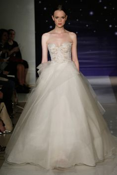 Reem Acra Bridal Show Reem Acra Wedding Dress, Reem Acra Bridal, Wedding Gowns, Bridal Show, Bridal Style, Lebanese Wedding, Dress Vestidos, Fairy Dress, Classic Wedding Dress