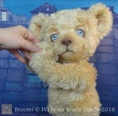 Broomi By Iveta Rakova - Bear Pile