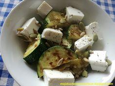 Moje                                                                       Kuchenne Rewelacje  : Grillowana cukinia z fetą i nasionami