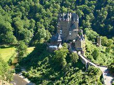 Burg Eltz Moselkern Mooiste Kasteel van Duitsland