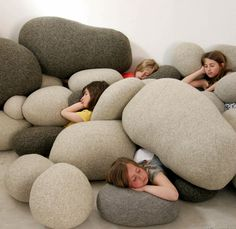 OVERSIZED PEBBLE-LIKE POUFS MAKE FOR FAB NATURE-INSPIRED FURNITURE. FASHIONTRIBES HOME DECOR BLOG