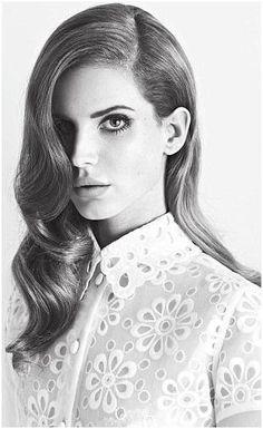 Lana Del Rey in Louis Vuitton