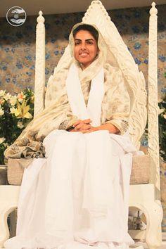 Photos: September Delhi -Satsang Programme in the divine presence of Satguru Mata Sudiksha Ji Maharaj Plastic Bottle Cutter, Wallpaper Gallery, Wallpaper Downloads, Frame Gallery, Spiritual Quotes, September, Album, Image, Photos