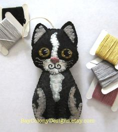 INSTANT DOWNLOAD Felt Ornament Sewing Pattern  by BayColonyDesigns