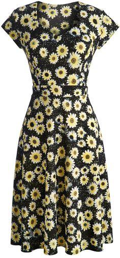 Sunflower plus size travel dress… Modest Dresses, Plus Size Dresses, Plus Size Outfits, Cute Dresses, Modest Fashion, Women's Fashion Dresses, Cheap Fashion, Fashion Ideas, Sunflower Clothing