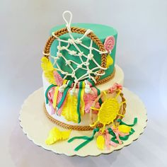 #the_cakery_athens #dreamcatcher #cake #baking #fondantcake #boho #cakeart #cakeartist #cakedecorating #wedoitbest #instagood #instafood #athens  #cakeboss #dreamon