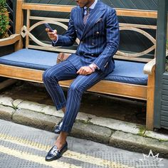 The meaning of life. The wasted years of life. The poor choices of life. God answers the mess of life with one wor Mens Casual Suits, Mens Fashion Suits, Mens Suits, Dapper Suits, Dapper Gentleman, Gentleman Style, Sharp Dressed Man, Well Dressed Men, Street Style Suit