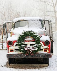 """""""It's beginning to look like Christmas ❄ #happiestholidays #countrylife #snowday"""""""