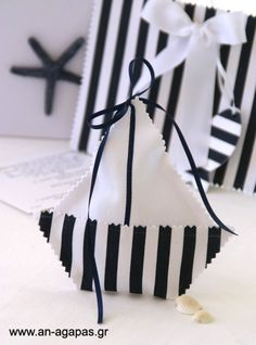 Origami Boat, Christening Favors, Baby Shawer, Ocean Creatures, Nautical Wedding, Kids Events, Baby Dress, Art For Kids, Decoration