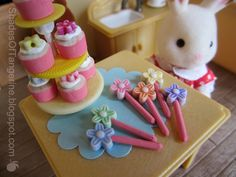 DIY Tiny Cupcakes made with Puff Paint for Frosting and Furniture Plugs