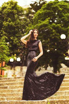 Behance :: Madalina by Fotoclipa Servicii Fotografice Behance, Formal Dresses, Style, Fashion, Moda, Formal Gowns, La Mode, Black Tie Dresses, Fasion