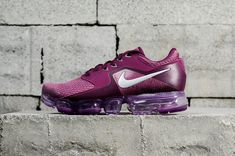 Spring Summer 2018 Really Cheap Nike Air Vapormax Cs Tea Berry 917962 600 Sneaker Buy Sneakers, Air Max Sneakers, Nike Air Vapormax, Nike Air Force, Yeezy, Popular Shoes, Adidas, Buy Shoes, Running Shoes For Men