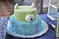 Mug cake gingerbread mug - HQ Recipes Monster Inc Cakes, Sully Cake, Mugcake Recipe, Mike And Sully, Soft Peanut Butter Cookies, Spiced Coffee, Cupcakes, Cake Toppings, White Chocolate Chips