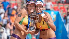 Brazilians turn silver into gold Latest Sports News, Beach Volleyball, One Team, Number One, Silver, Gold, Hamburg, Yellow, Money