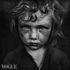 http://www.vogue.it/en/photovogue/Portfolio/1f092ea0-e2f2-4f4c-add3-f635d35635c3/Image
