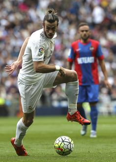 Bale sofre lesão e desfalca Real Madrid em jogo contra o PSG #globoesporte