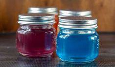 Le truc pour faire des bombes de bain effervescentes à la maison! Cleaners Homemade, Deodorant, Good To Know, Mason Jars, Diy, Sent Bon, Vinaigrette, Candles, Blog