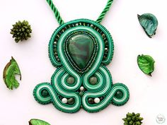 Green love made for my customer 💚 #pendant #greenlove #nature #fashion #gemstone #verde #outfit #inspiration #instacool #india #girl #love #happy #handmade #collar #designer #adventure #explore #travel #freedom