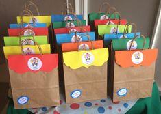 Paper Shopping Bag, Advent Calendar, Holiday Decor, Party Ideas Kids, Surprise Birthday, Ideas Aniversario, Colorful, Sacks, Advent Calenders
