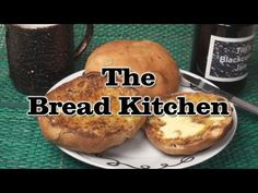 English Teacake Recipe in The Bread Kitchen Pineapple Bun, English Food, English Recipes, Bread Kitchen, Sweet Buns, British Bake Off, Honey Buns, Sweet Pastries, Tea Cakes