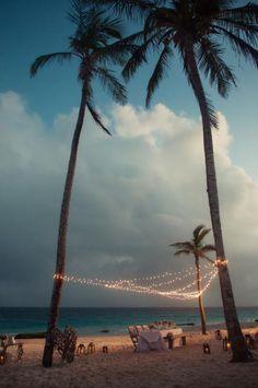 image-wedding-reception-ideas-decor-vintage-beach-wedding-lighting