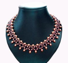 Free pattern for beautiful beaded necklace Elizabeth   Beads Magic