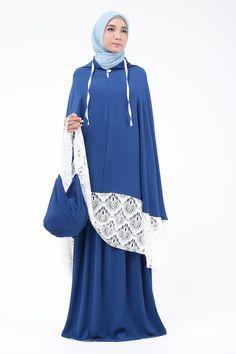 Navy Hijab Niqab, Hijab Tutorial, Hijab Fashion, Dress Patterns, Islamic, Prayer, Sewing Projects, Eid Prayer, Sewing