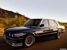 BMW, I do love the old school look :)