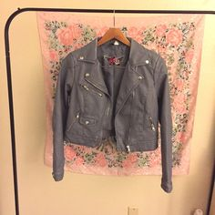 H&M Faux Leather Distressed Jacket Blue/gray faux leather jacket with a distressed style. Slight wear on the collar as shown. Fits like a medium.                                                                               ✅ Offers welcome (use offer button)  ✅ Bundle 2 or more items for 15% off   Free gift with purchases of $20+  ❌ No trades  ❌ No holds H&M Jackets & Coats