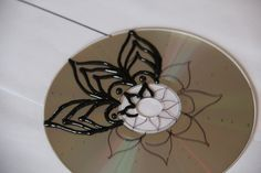 Sharpie Craft Instructions | to draw the mandala outline directly on the CD with a thin sharpie ...