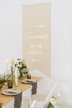 Dieser Banner Ist Absolut Großartig Und Ein Richtig Romantischer Blickfang  In Der Hochzeitslocation. U201aPour