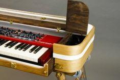 JL Design Intros Custom Keyboard Stands – Synthtopia