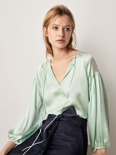 OVERSIZED SILK BLOUSE WITH TIED DETAIL - Women - Massimo Dutti Satin Blouses, Shirt Blouses, Women's Shirts, Armani Beauty, Green Satin, Blouse Outfit, Short Tops, Coats For Women, Blouses For Women