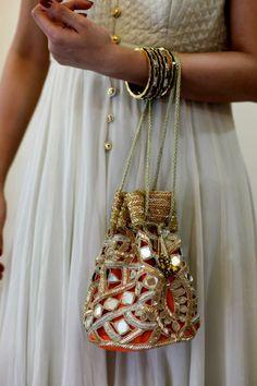 Arpita Mehta. Araaish DXB 13'. Indian Couture.