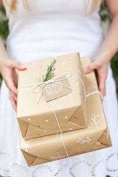 Stylish and Affordable Gift Wrapping Ideas #theeverygirl
