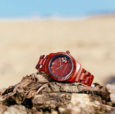 Classic and traditional, SUNSET is 100% natural red sandalwood. The AB AETERNO #wooden #watch proposal for every respectable gentleman. Do you like the new summery mood?  www.abaeternowatches.com #notanordinarypieceofwood #watches #woodenwatches #woodenwatch #woodwatch #woodwatches #legno #madera #abaeterno #style #green #stylish #fashion #ecofashion #ecodesign #design #italiandesign #italy #madeinitaly #madeinitalywithlove #verona #beach #spiaggia #mare #sun #sea #sunset #classic…