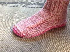 Ravelry: Better Dorm Boots Slippers pattern by Kris Basta - Kriskrafter, LLC Knitted Booties, Knitted Slippers, Knitted Bags, Knitting Socks, Free Knitting, Free Crochet, Knit Slippers Free Pattern, Best Slippers, Easy Knitting Patterns