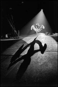 Bruce Davidson. USA. Raleigh, North Carolina. 1965. Ringling Brothers and Barnum and Bailey Circus at J.S. Dorton Coliseums.