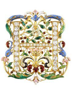Antique High Karat Gold, Enamel and Diamond Brooch, circa 1900. Consisting of 20 old-mine cut diamonds ap. 1.80 cts., 10 small old-mine and single-cut diamonds. #antique #brooch