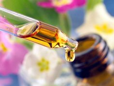 Experts Say Essential Oils Can Pose Dangerous Health Risks; here's how to be responsible and stay safe. Essential Oil For Ibs, Patchouli Essential Oil, Pure Essential, Getting Rid Of Phlegm, Itchy Eyes, Best Oils, Oil Benefits, Spa Gifts, Perfume Oils