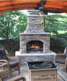 If you are looking for Outdoor Fireplace, You come to the right place. Here are the Outdoor Fireplace. This post about Outdoor Fireplace was posted under the Outdoor. Outdoor Fireplace Patio, Outdoor Stone Fireplaces, Outside Fireplace, Outdoor Fireplace Designs, Deck With Fireplace, Gas Fireplaces, Fireplace Stone, Fireplace Garden, Fireplace Cover