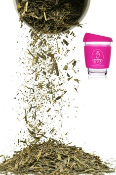 I'm smellin Tea - Don't forget me! Recharge Cup Small steps make a world of difference Dont Forget Me, How To Dry Basil, Alcoholic Drinks, Herbs, Wine, Tea, Glass, How To Make, Drinkware