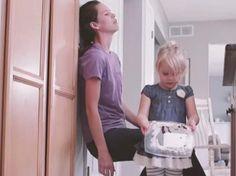 Μια συνηθισμένη μέρα: Πόσο διαφορετικά βλέπουν τα πράγματα μια μαμά κι ένα παιδί
