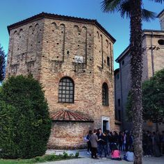 """Neonisches Baptisterium - """"Ravenna inside. Acht Gründe, die Stadt zu besuchen"""" by @puriy"""