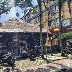 Hier hat sich Sayuri einen Traum verwirklicht. Ein veganes Schlaraffenland in Bali. Laksa, Tempeh, Ubud, Bali, Roh Vegan, Savoury Dishes, Vegan Lifestyle, Food Styling, Food Photography