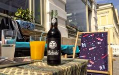11-line - Straßencafé par Excellence in Potsdam