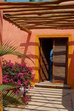 You'll find the private and very exclusive resort Las Alamandas in Mexico, which boasts six villas suites) that welcomes only 30 people at a time. Southwestern Home, Outdoor Spaces, Outdoor Decor, Beach Shack, Amazing Spaces, Mexican Style, Tropical Garden, Fabric Decor, Beautiful World