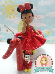 Topo de bolo Minnie personalizado e vela