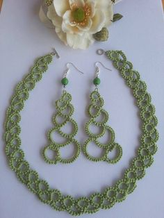 https://www.etsy.com/it/listing/251717247/complete-necklace-and-earrings-crocheted?ref=shop_home_active_1